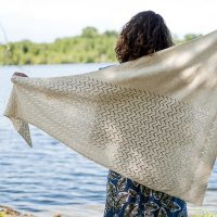 Kyler Shawl by Isabel Kraemer