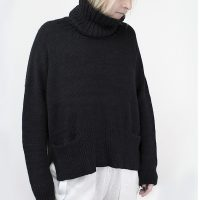 Yana Sweater by Isabell Kraemer